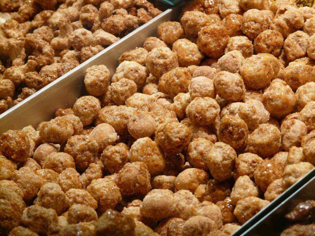 Can Dogs Eat Jaggery? Is jaggery good for dogs?